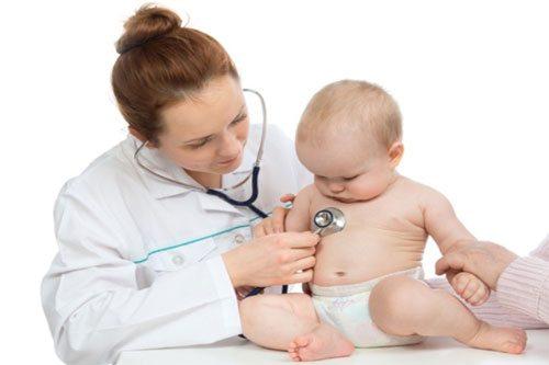 Bệnh Rubella cũng có thể lây từ mẹ sang con gây nên các chứng bệnh bẩm sinh