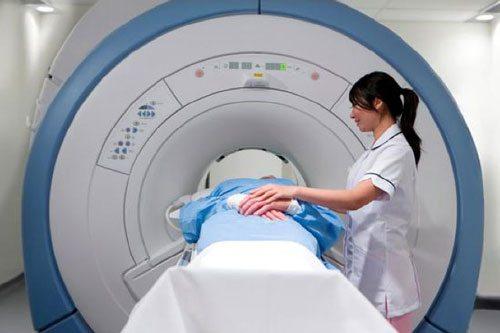 Bệnh nhân xạ trị ung thư phổi nên có chế độ ăn thanh đạm