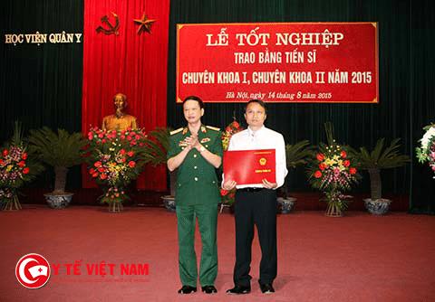 Tiến sĩ Mai Mạnh Tuấn được cấp bằng Tiến sĩ Y khoa tại Học Viện Quân Y Hà Nội.
