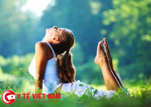 Ánh mặt trời rất tốt cho điều trị chống cong vẹo cột sống