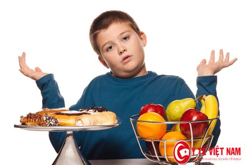 Trẻ có thể bị béo phì do ăn thức ăn nhanh
