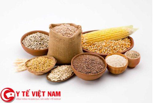 Người bị bệnh ung thư xương nên ăn nhiều ngũ cốc.