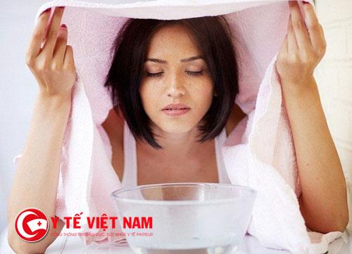 Xông hơi là phương pháp dùng để chữa trị viêm xoang rất phổ biến