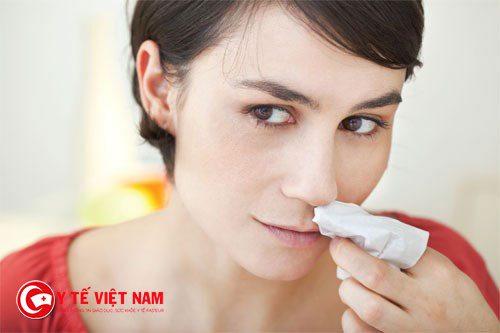 Phương pháp lấp đầy khoang mũi giúp chữa chảy máu cam hiệu quả