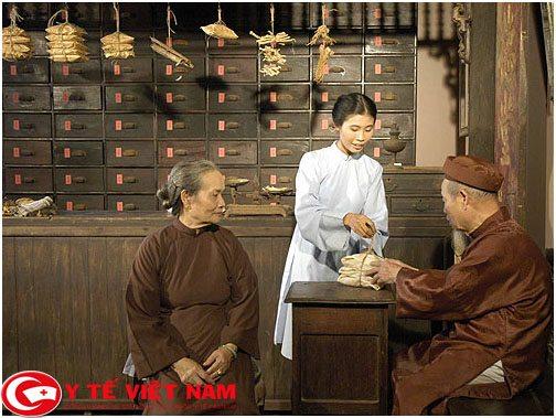 chua-loang-xuong-bang-phuong-phap-y-hoc-co-truyen-2