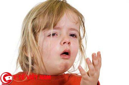 Ho là dấu hiệu thường thấy báo hiệu trẻ mắc phải bệnh hen suyễn