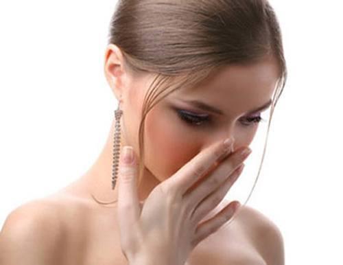 Ợ chua, nóng ruột là biểu hiện bạn đang có dấu hiệu ung thư dạ dày