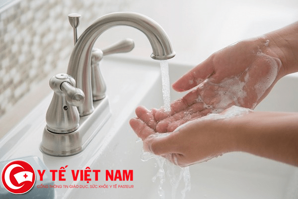 Giữ vệ sinh cá nhân giúp bạn phòng bệnh mùa mưa hiệu quả