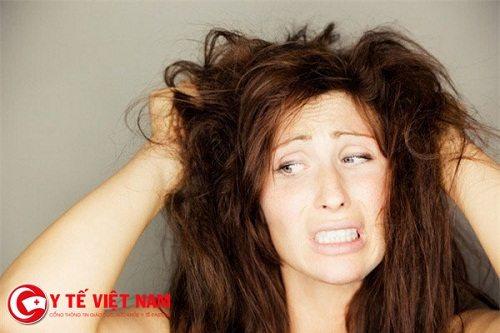 Vì sao mùa đông lại rụng tóc nhiều?