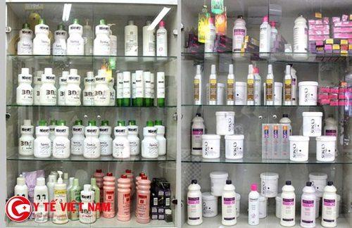 Mùa đông thời tiết hanh khô thiếu độ ẩm đã làm tóc khô nên cần sử dụng sản phẩm chăm sóc tóc