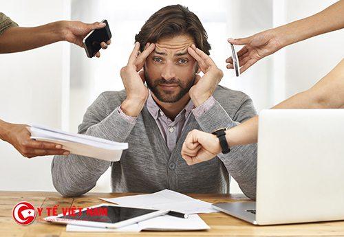 Làm việc quá căng thẳng dễ mắc chứng stress