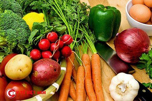 Bổ sung nhiều thực phẩm dinh dưỡng giúp bạn có thể ngăn ngừa rụng tóc