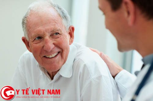 Để an toàn, người bị bệnh hen suyễn nên đến gặp bác sĩ để được tư vấn