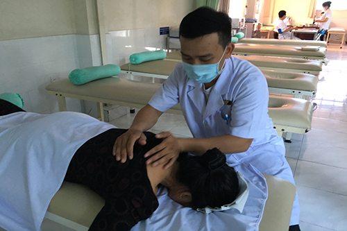 Vật lý trị liệu mang lại hiệu quả cao cho người thoái hóa khớp