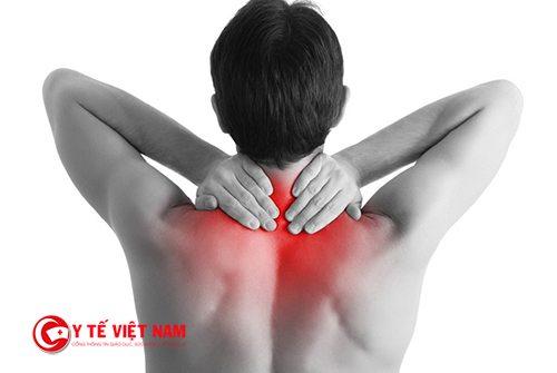 Viêm đa cơ thường hay bị ở các vùng bắp chân và vai