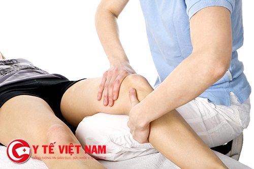 Vật lý trị liệu sẽ giúp bạn trong quá trình điều trị bệnh đau khớp gối