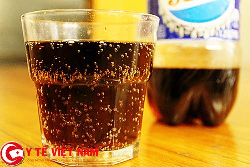 Bênh động mạch vành nên kiêng kỵ uống đồ uống có ga