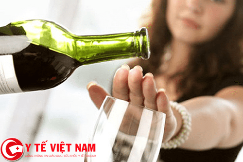 Bênh động mạch vành nên kiêng kỵ rượu bia