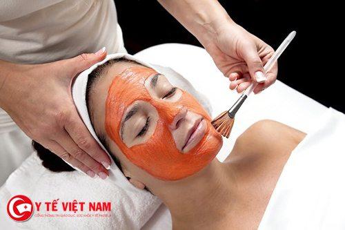 Làn da căng mịn từ mặt nạ bằng cà rốt