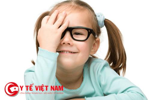 Mắt lé là nguyên nhân gây bệnh nhược thị