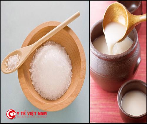 Giúp da trắng sáng bằng rượu gạo với muối