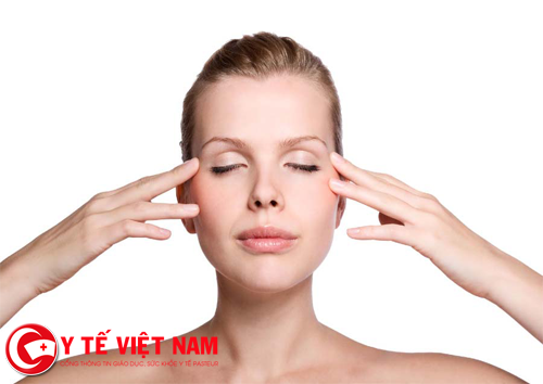 Người cận thị mức độ nhẹ nên tập luyện cho mắt thay vì đeo kính cả ngày