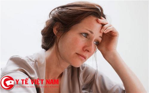 Châm cứu chữa bệnh phụ nữ hay bốc hỏa cực tốt