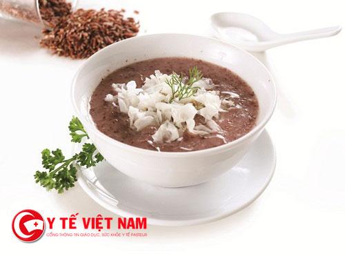 Cháo gạo lứt, rau chân vịt, rau cần tây