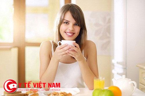 Khi bị viêm mũi dị ứng thì bạn nên dùng những thực phẩm có tác dụng làm ấm phổi, bỏ phế