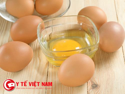 Chữa bỏng bằng lòng trắng trứng