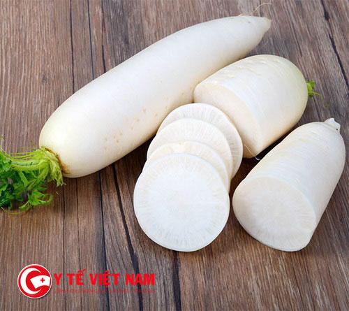 Uống nước củ cải trắng có tác dụng trị ho