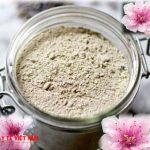 Công thức điều trị nám da từ hoa đào và hạt bí