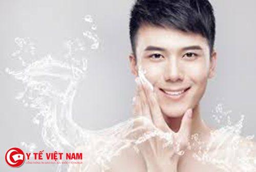 Rửa mặt thường xuyên giúp bạn căng da mặt hiệu quả