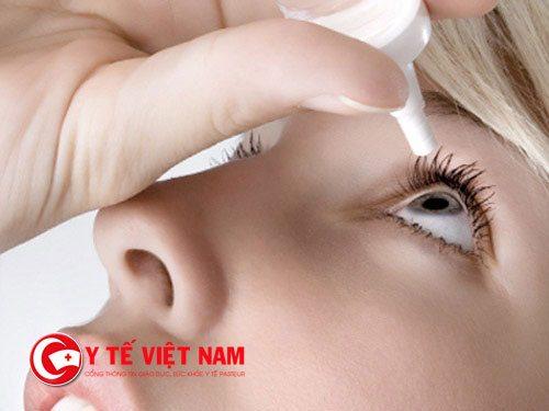 Làm sạch lẹo tránh nhiễm trùng