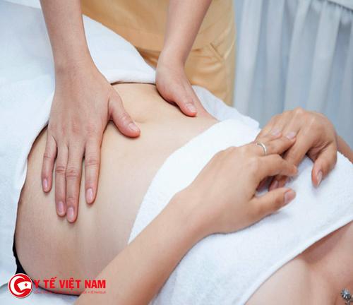 Massage giảm béo bụng an toàn cho chị em