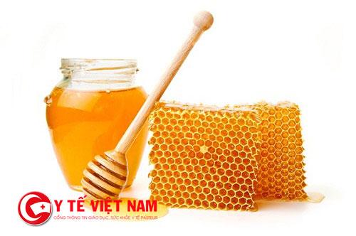 Mật ong có hàm lượng chất chống oxy hóa cao cùng với đó là nhiều dưỡng chất có lợi cho sức khỏe và da