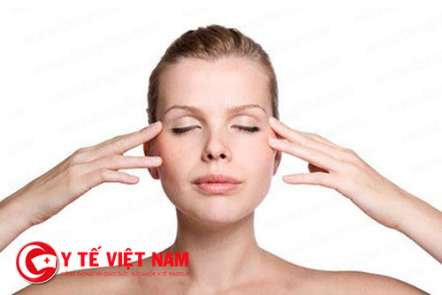 Bấm huyệt giúp bạn ngăn chặn quá trình lão hóa