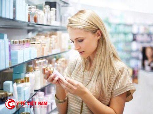 Không khó để lựa chọn mỹ phẩm hay dược mỹ phẩm
