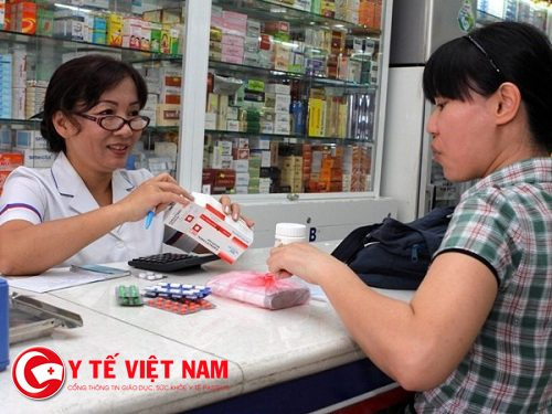 nha_thuoc-ban-khang-sinh