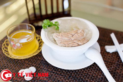 óc lợn món ăn bài thuốc đặc trị bệnh suy nhược thần kinh