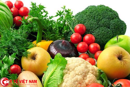 Người bị ung thư cổ tử cung nên ăn nhiều hoa quả, rau xanh