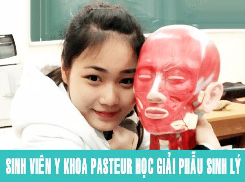 Sinh viên Y Khoa Pasteur học giải phẫu sinh lý
