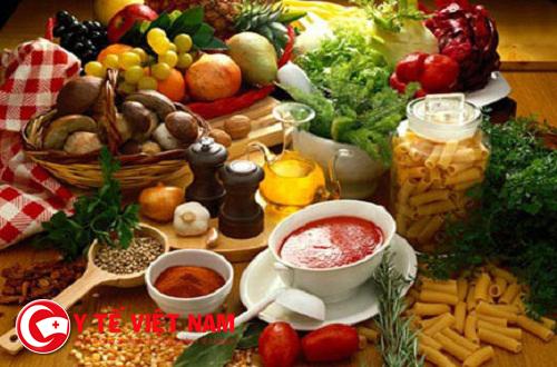 Có một số loại thực phẩm nên hạn chế ăn khi mắc bệnh sốt xuất huyết