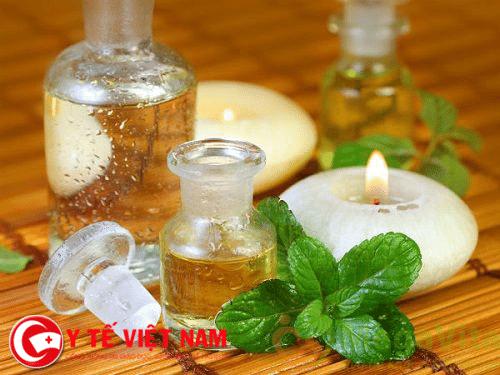 Tinh dầu bạc hà mẹo dân gian chữa bệnh ghẻ.