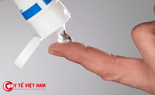 Xử lý bỏng nước sôi bằng thuốc có tinh chất nha đam