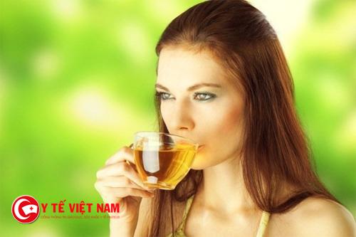 091051_uong-tTrà xanh giúp bạn làm đẹp da hiệu quảra