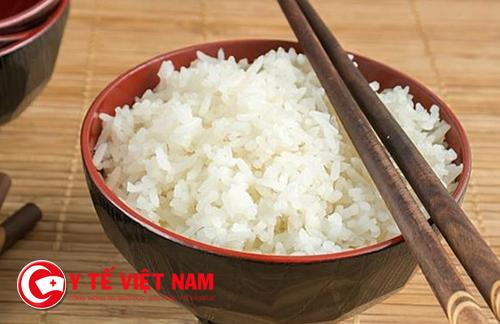 Ăn cơm nguội không tốt cho sức khỏe