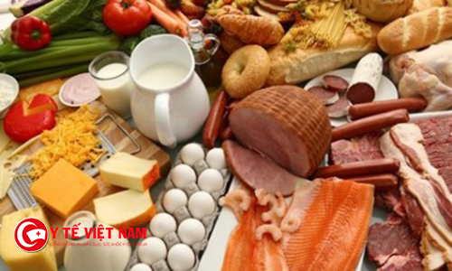 Bệnh viêm tai ngoài nên ăn đầy đủ dưỡng chất để đảm bảo sức khỏe