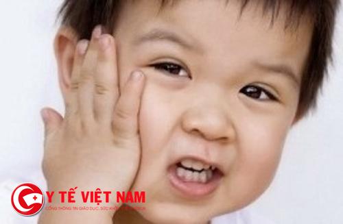 Sưng mang tai, sốt...là những dấu hiệu bệnh quai bị ở trẻ