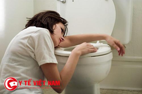 Người bị tiêu chảy cấp có thể sử dụng thuốc Imodium kết hợp bù nước điện giải
